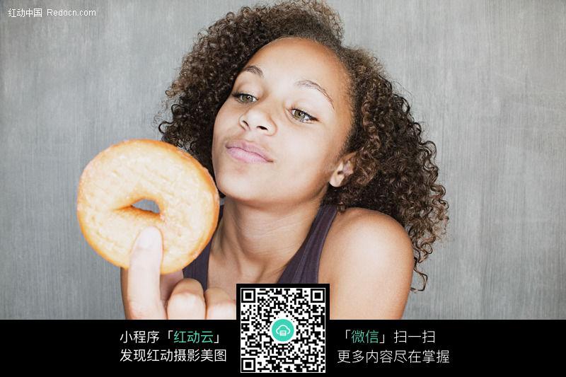 免费素材 图片素材 人物图片 儿童幼儿 吃面包的女孩1