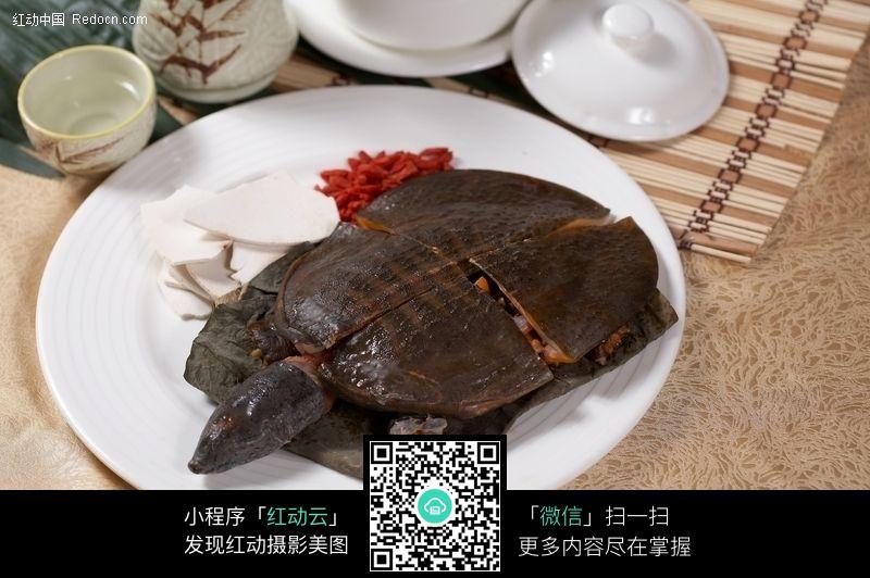 淮山杞子炖水鱼图片