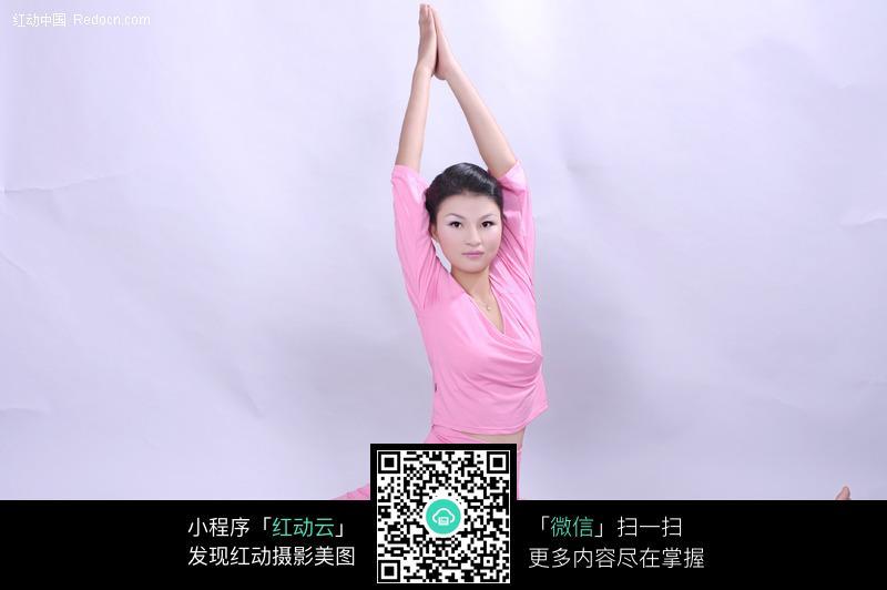 女人劈腿图片美女劈腿劈腿瑜伽美女