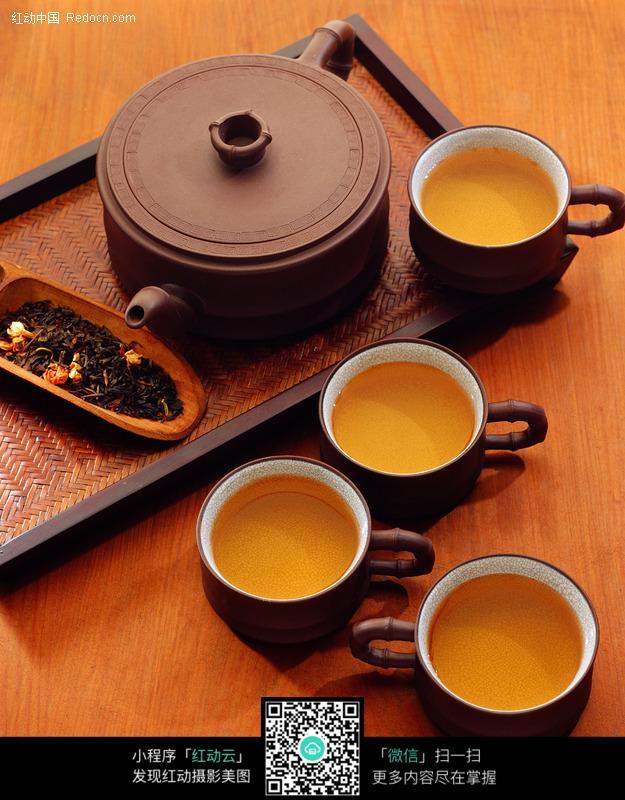 茶壶和茶杯