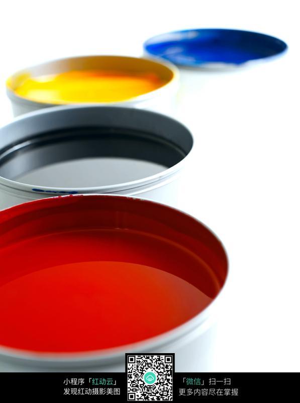 油漆桶 涂料桶 红黑黄蓝油漆桶