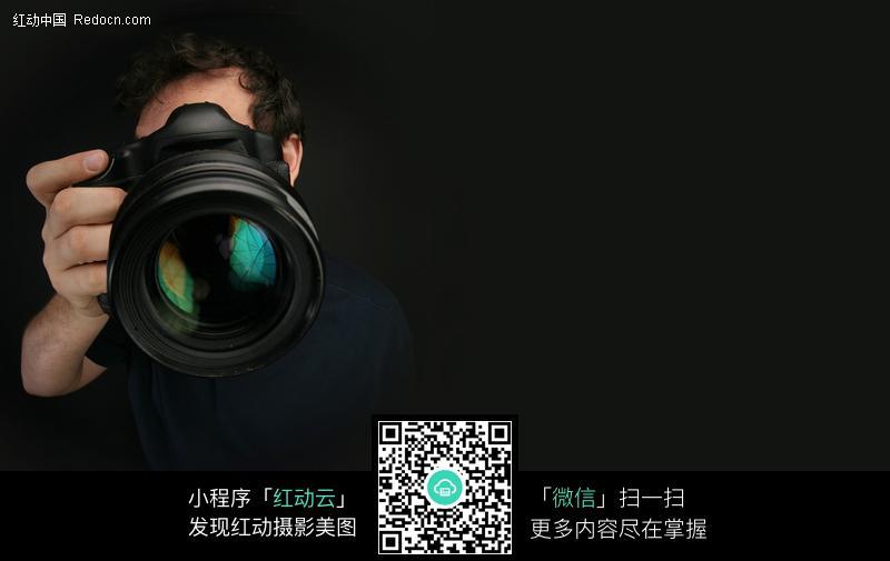 拍照的摄影师_职业人物图片
