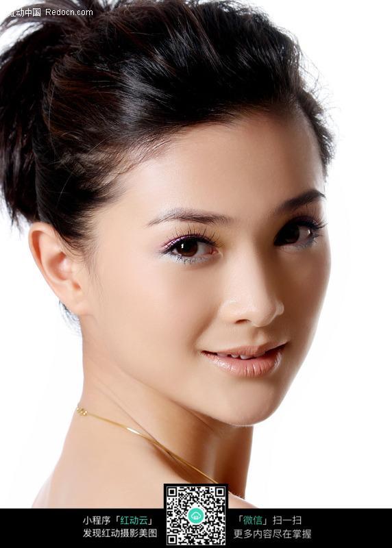 漂亮的东方美女图片