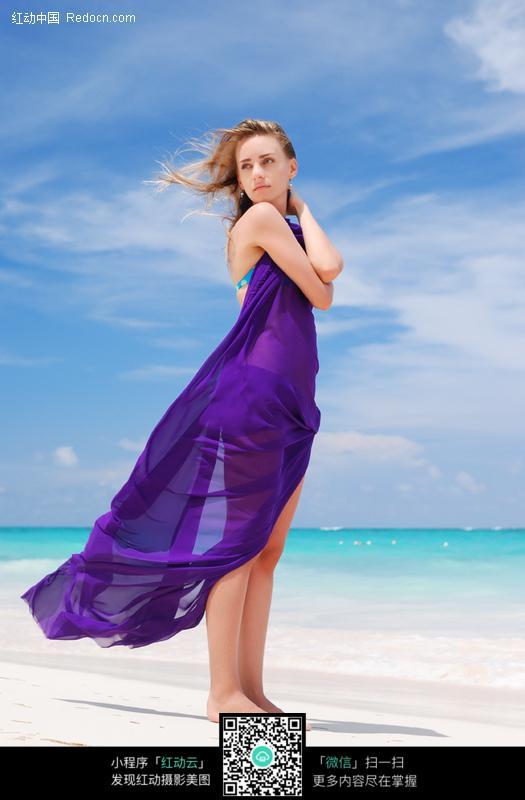 海边长裙美女图片 女性女人图片