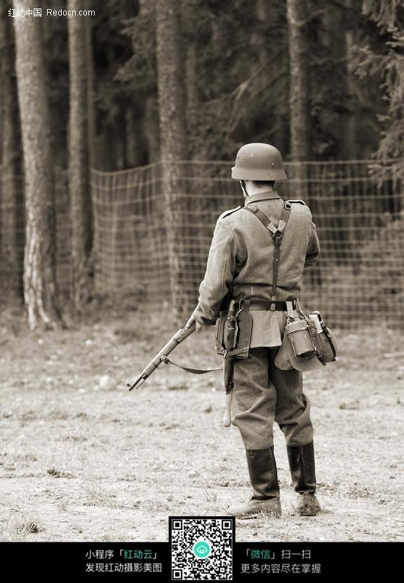 免费素材 图片素材 现代科技 军事武器 二战士兵特写镜头  请您分享