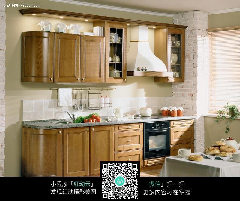 现代厨房 橱柜 家居 家装 装修 室内设计 田园风格厨房 原木色