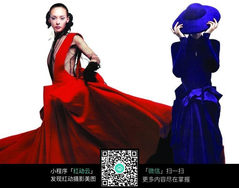 穿着红色连衣裙和一个蓝色衣服的美女_女性女人图片