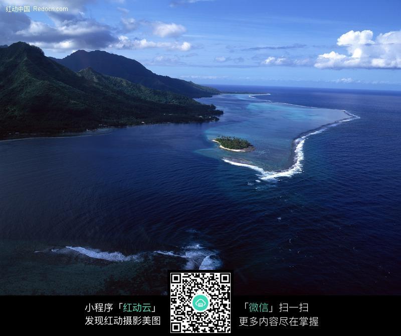 海边岛屿图片_自然风景图片