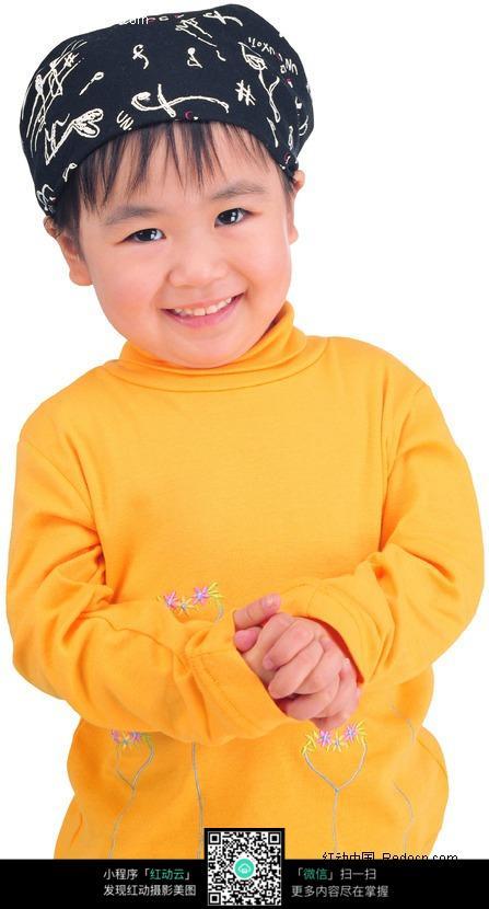 穿黄色衣服的小女孩图片