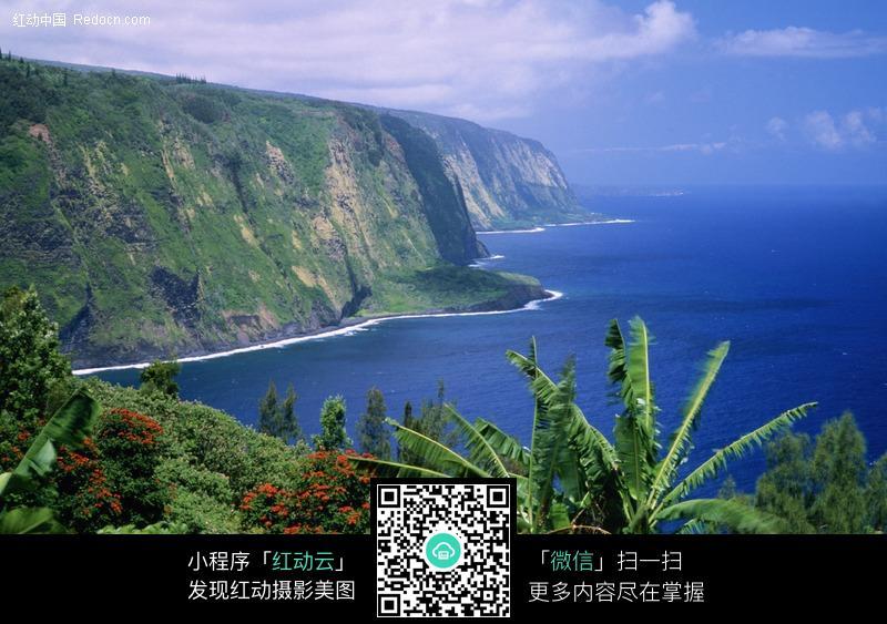 素材描述:红动网提供海洋海边精美素材免费下载,您当前访问素材主题是山崖下的海岸线,编号是202804,文件格式JPG,您下载的是一个压缩包文件,请解压后再使用看图软件打开,图片像素是3866*2574像素,素材大小 是1.95 MB。