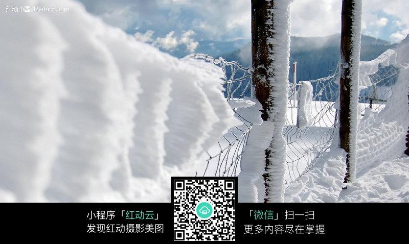 免費素材 圖片素材 自然風光 自然風景 大雪覆蓋的鐵欄桿  請您分享