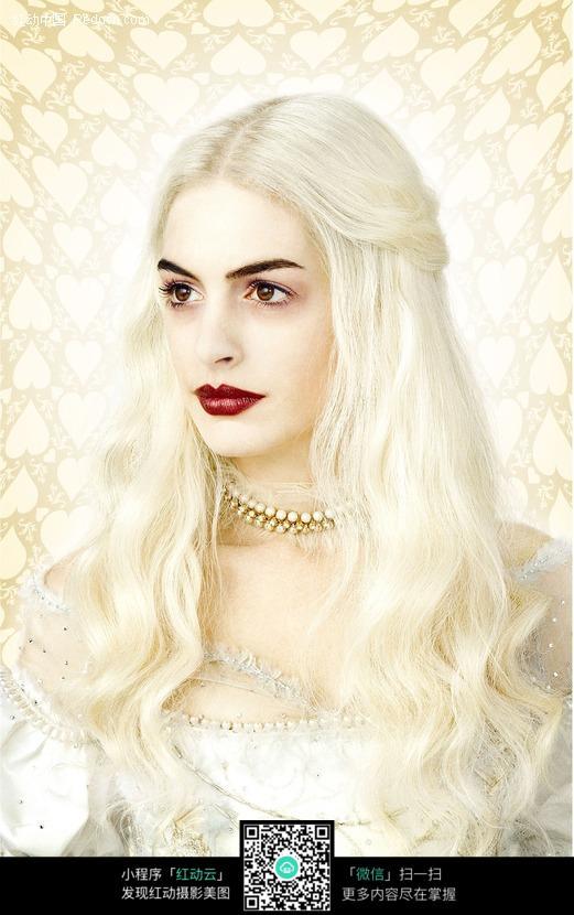 爱丽丝梦游仙境人物-白皇后