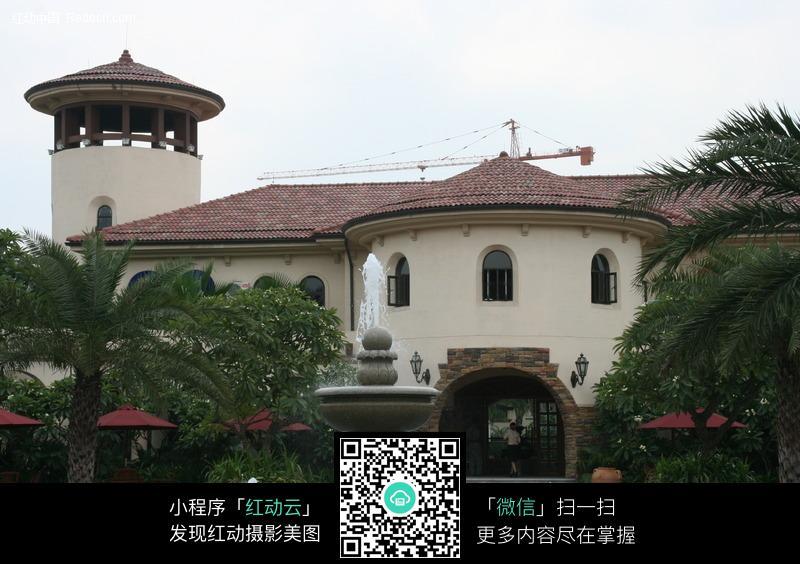 建设中的欧式别墅_建筑设计图片_红动手机版