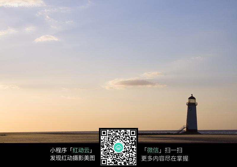 海边的灯塔图片_海洋海边图片