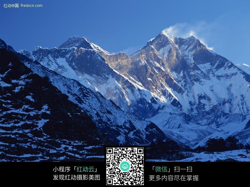 西藏高原雪山风景