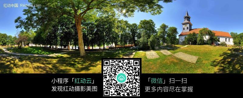 360全景图-绿色树林中的房子图片