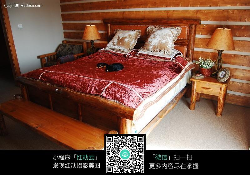 主卧室大床图片