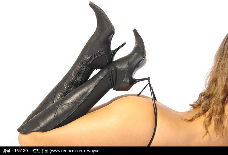 高跟鞋勾着丁字裤的性感女人??_????图片