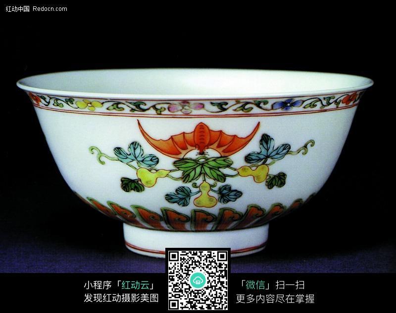 中国瓷器收藏-彩绘蝙蝠葫芦图案图片