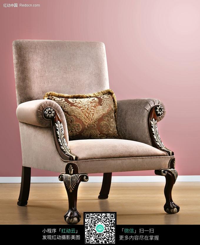 欧式风格的单人沙发图片