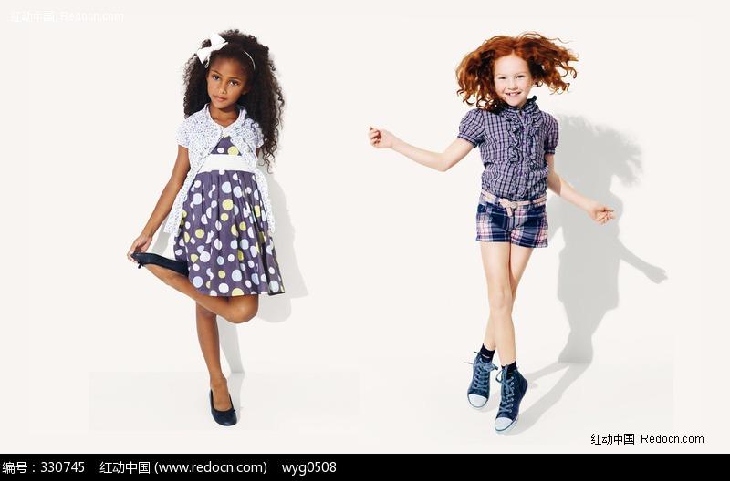 可爱的女孩服装图片