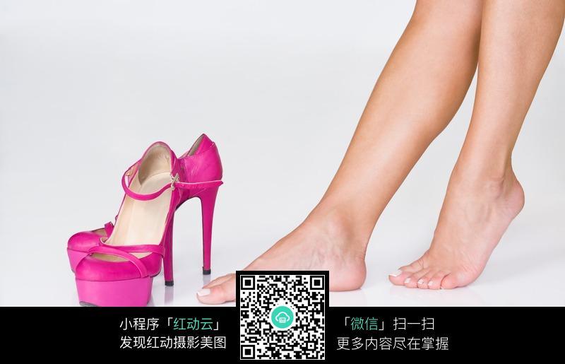 桃红色高跟鞋 美腿 玉脚 玉足 脚丫 性感美女 女人美腿 裸腿 美女腿部