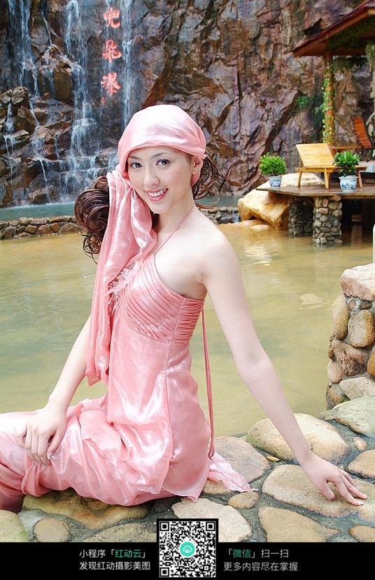 温泉洗浴美女图片 女性女人图片