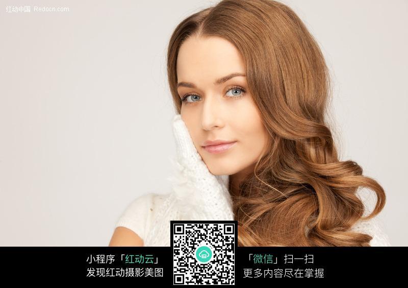 发型卷发发型图片美女发型外国气质美女