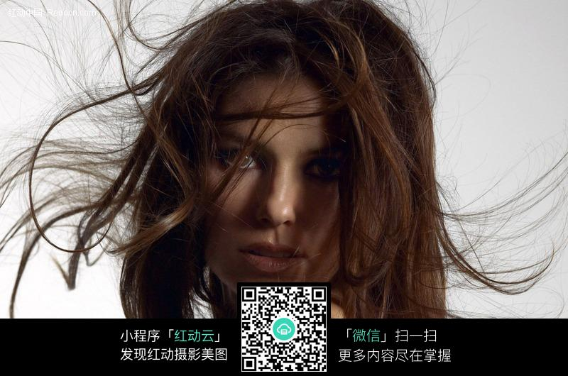 头发编号的人物美女图片-外国图片素材|图片库|图库下载(捂住:432679)美女飞扬被图片