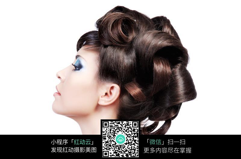 卷发的外国美女图片 女性女人图片