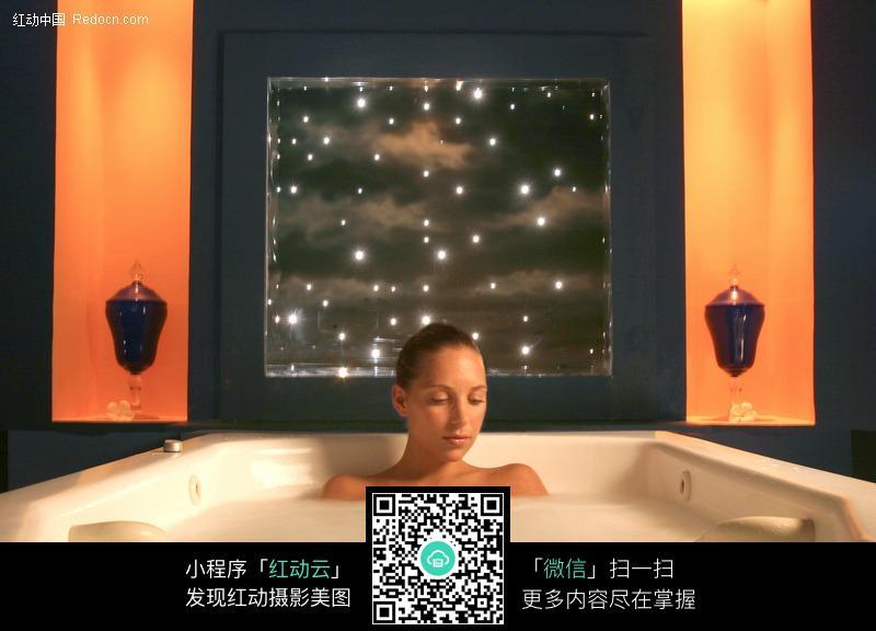 美女沐浴图片 女性女人图片