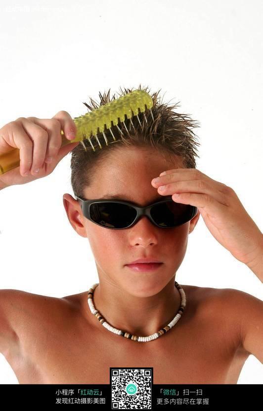儿童梳头发型步骤