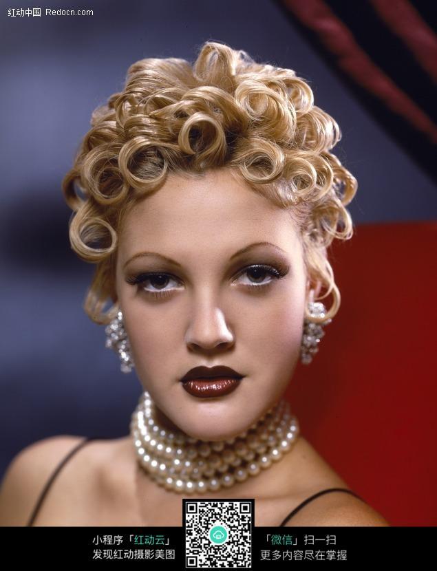 金色卷发的外国美女图片-人物图片素材|图片库|图库下载(编号:499763)
