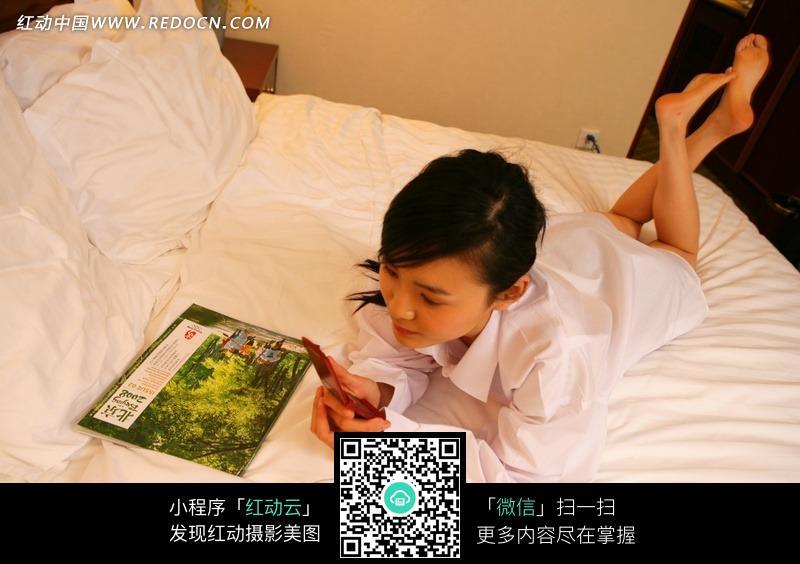 床上图_女人与男人在床上做图_女人木耳图,高清 图片 ...