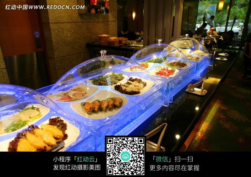 酒店自助餐厅图片