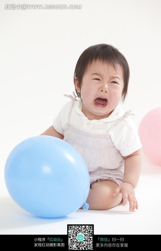 大哭的宝宝_儿童幼儿图片