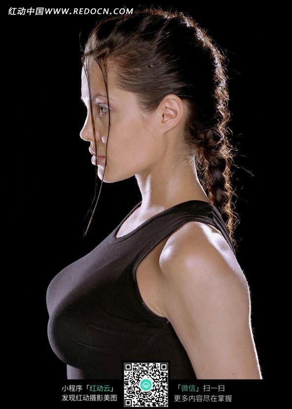 免费素材 图片素材 人物图片 名人明星 侧身站立的性感劳拉