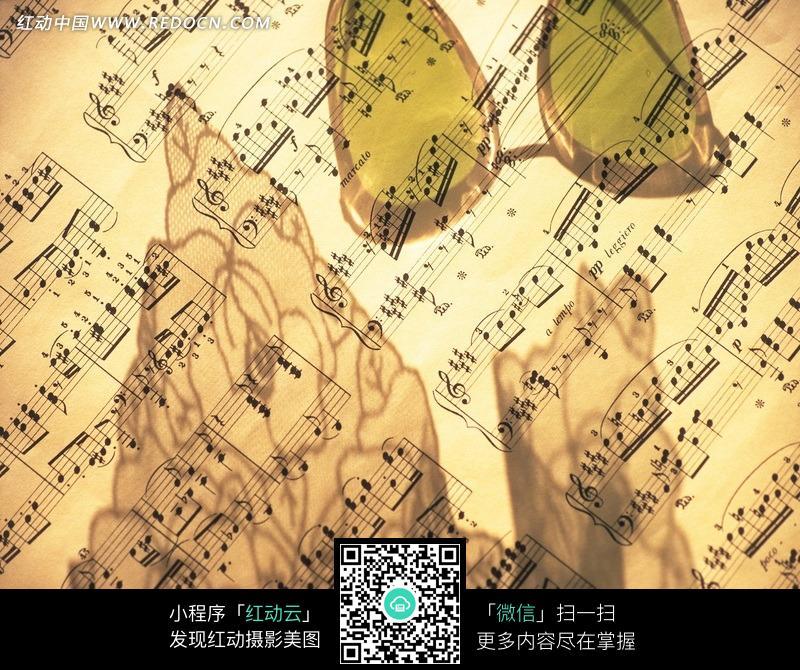 音乐的乐谱图片