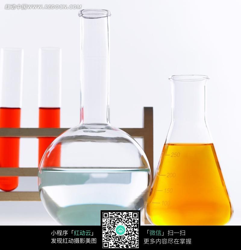 化学实验器材特写照片