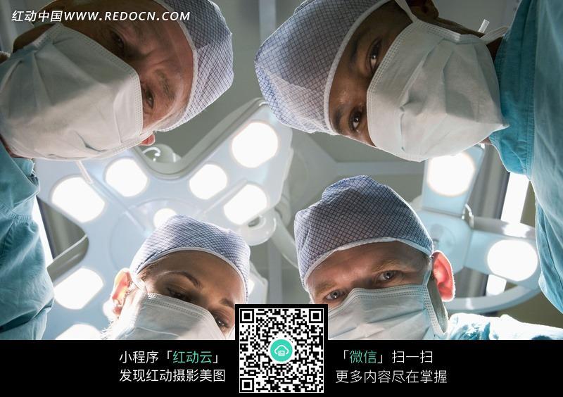 手术中的医生们图片(编号:570247)_医疗护理_