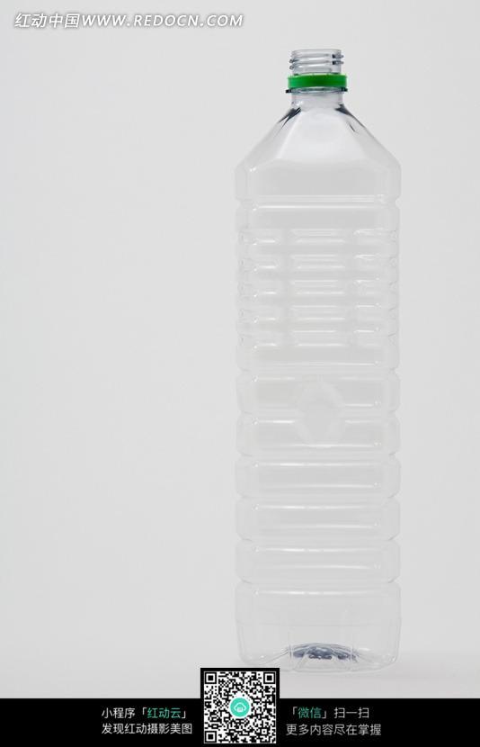 一个空的矿泉水瓶图片