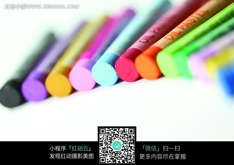 彩色的画笔