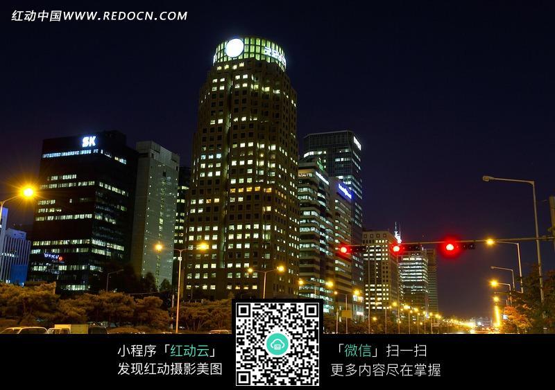 都市夜景 路口街景 黑夜灯光 城市风光 城市图片 摄影图片