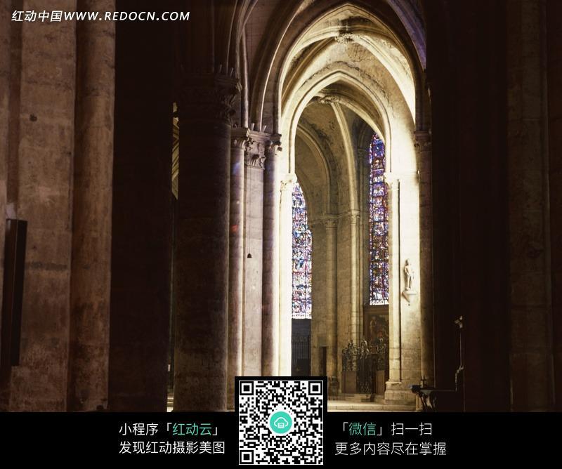 欧式建筑的拱门图片