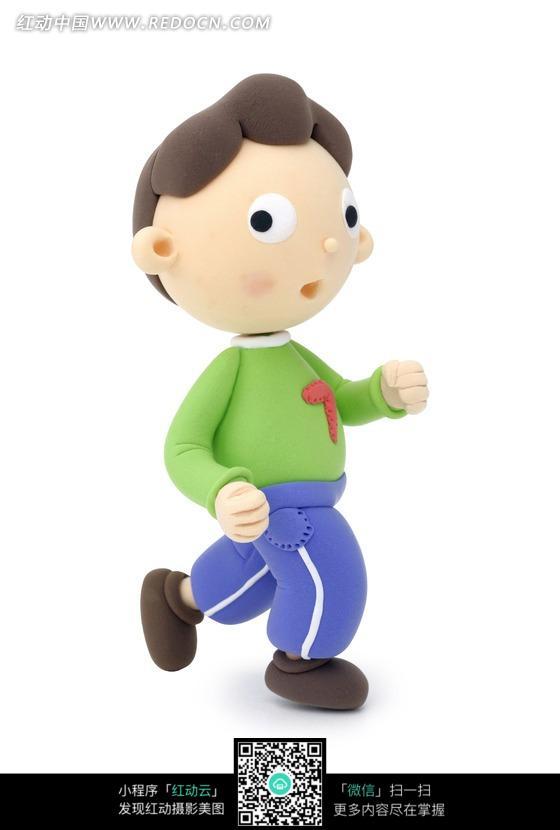 小朋友跑步的卡通图片