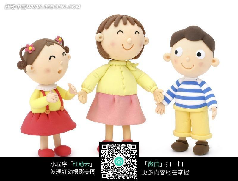 卡通人物可爱的3个小朋友图片