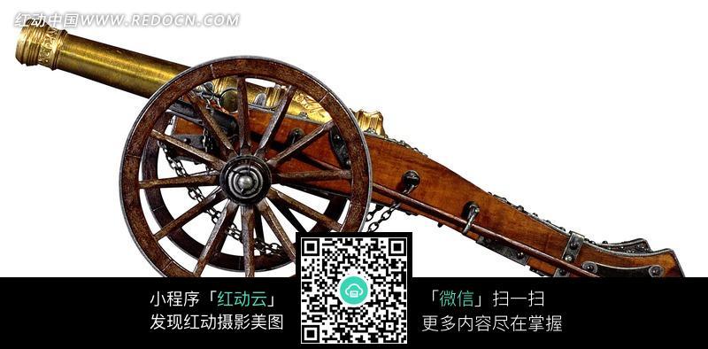 白底仿古木轮铜管大炮模型图片