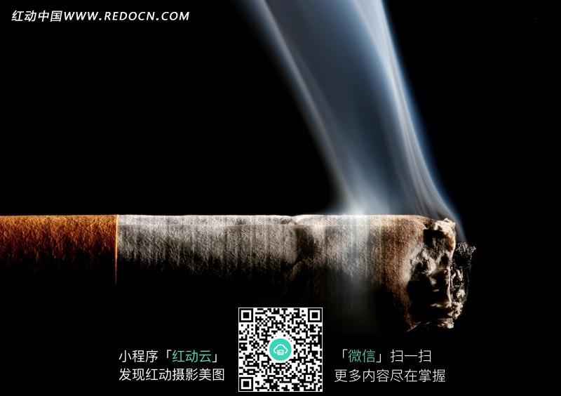 燃烧的香烟图片