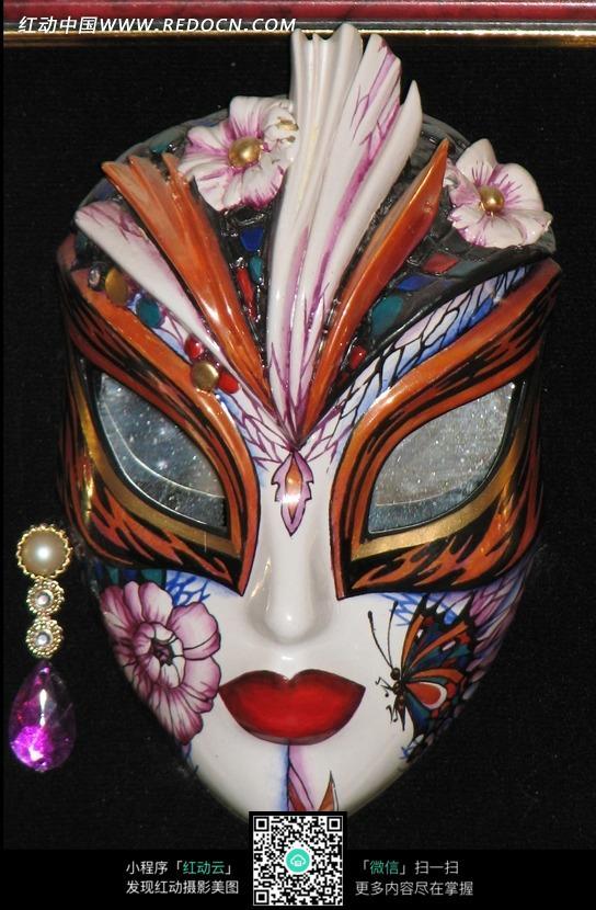 免费素材 图片素材 生活百科 其他 彩绘花朵图案的面具图片