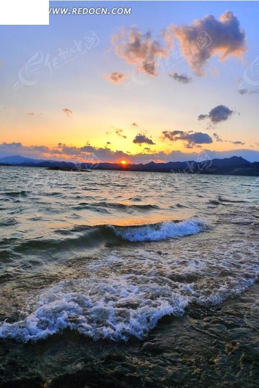 海上日出台历风景图